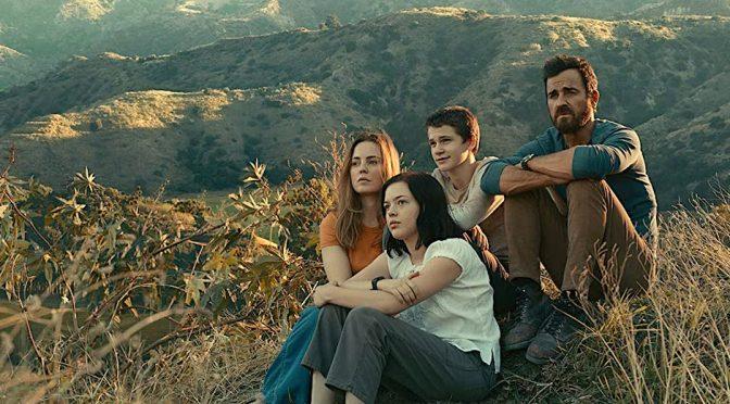 """Na série """"The Mosquito Coast, pai narcisista põe família em fuga infernal"""